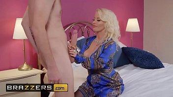 Brazzers big tits milf Milf Pornstar With Big Tits Fucking A Teenager In Room